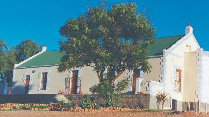 South Cape Accommodation at Zebra Farmhouse | TravelGround