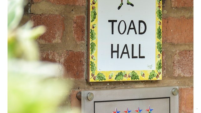 at Toad Hall Self-catering Cottages   TravelGround