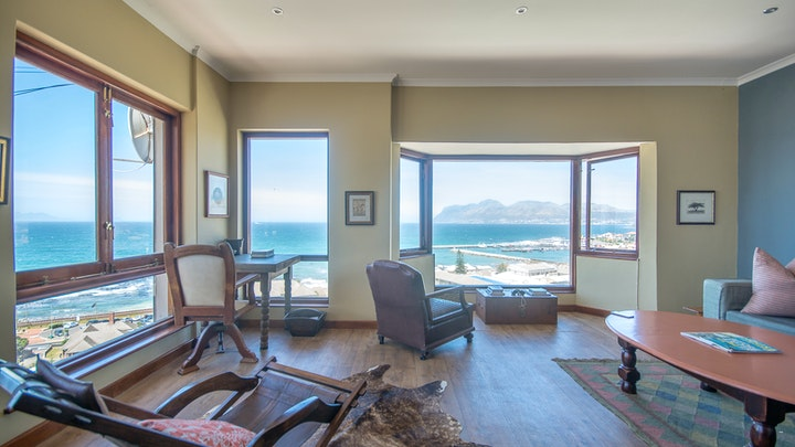 Kalk Bay Accommodation at Baymount View | TravelGround