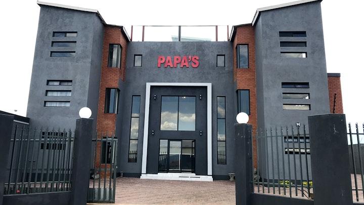 by Pappas Hotel   LekkeSlaap