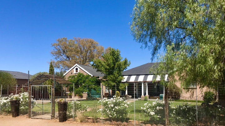 Upper Karoo Accommodation at The Old School Cottage | TravelGround