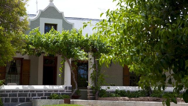 by Jakhalsdans Karoo Guest House, Farmstay and Safaris   LekkeSlaap