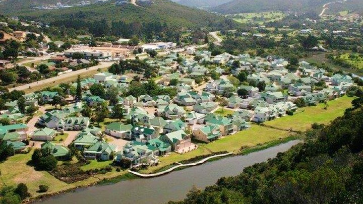 at 31 River Club Villas | TravelGround