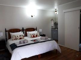 Accommodation near Mediclinic Panorama