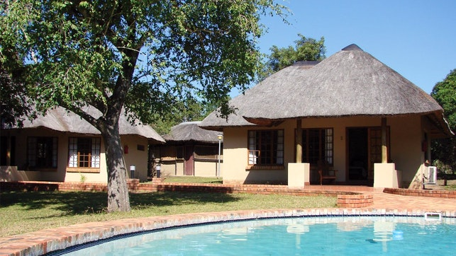 by Bonamanzi Game Reserve - Dinizulu Lodge | LekkeSlaap