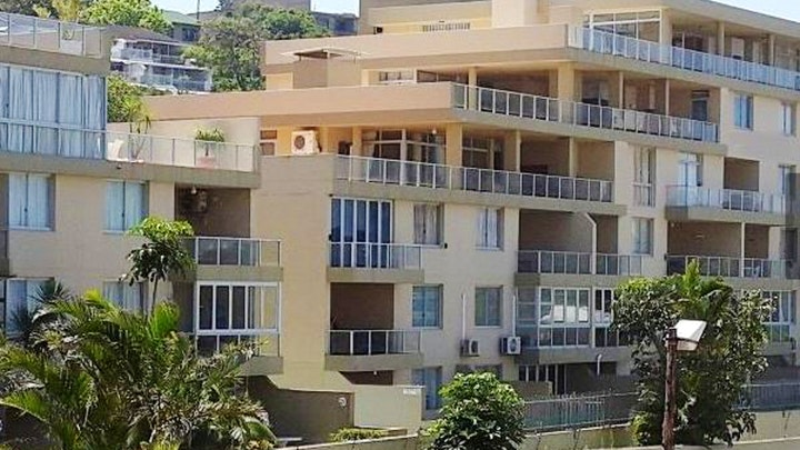 Margate Beach Accommodation at Boulevard 402   TravelGround