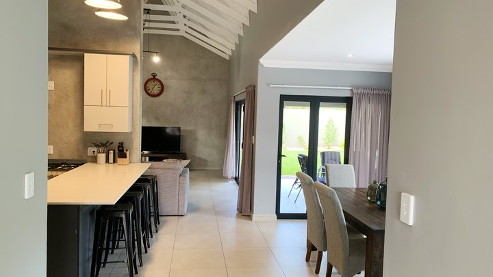 Hartbeespoort Accommodation at Huis Lezan | TravelGround