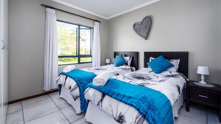 by JoziStay - 51 Oakmont Jackal Creek Apartment | LekkeSlaap