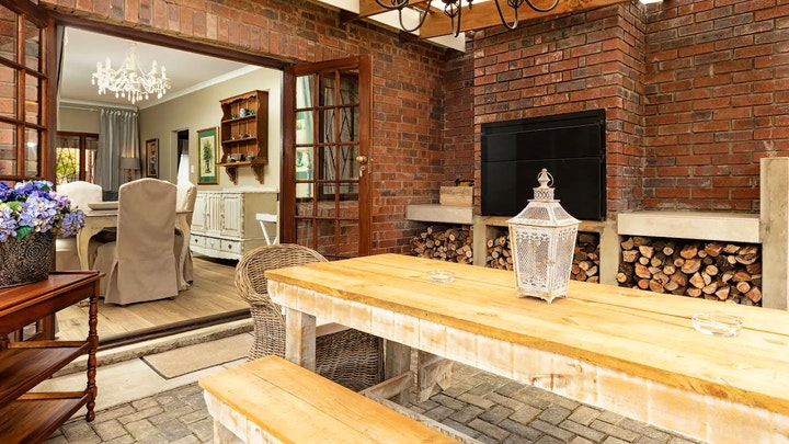 George Accommodation at Provance Cottage | TravelGround