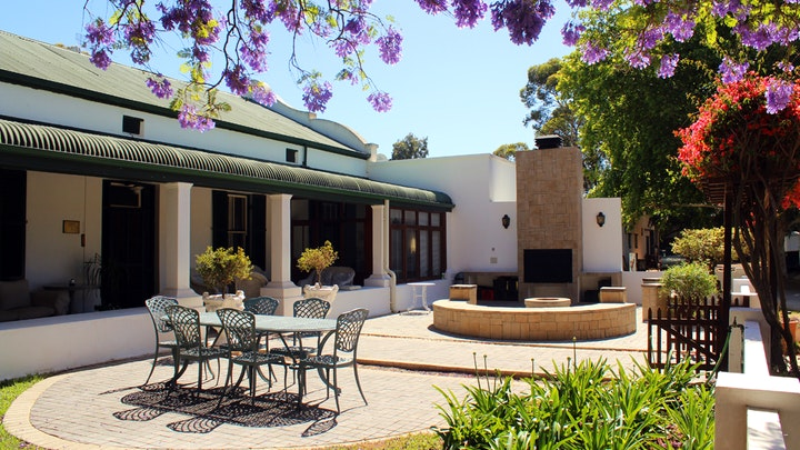 at Barry House on Riverton | TravelGround