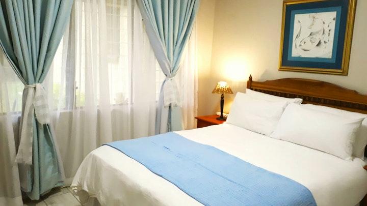 Meer-en-See Accommodation at 5 La Renee | TravelGround