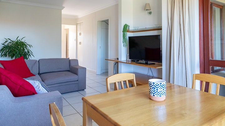 Plettenberg Bay Accommodation at Castleton 73A 1-Bedroom Apartment | TravelGround