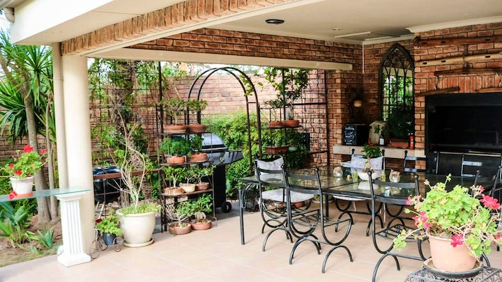 by 5 on Penny Self-catering, Durbanville | LekkeSlaap