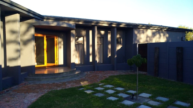 by On Q Accommodation | LekkeSlaap