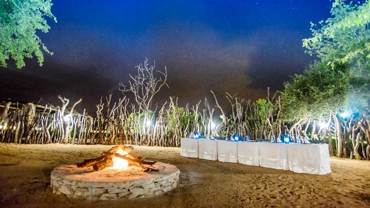 by Karongwe River Lodge   LekkeSlaap