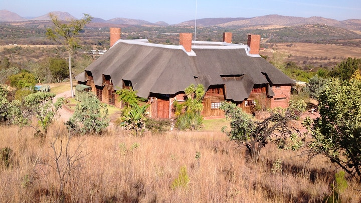 Hartbeespoort Accommodation at Sparrow Hawk Lodge | TravelGround