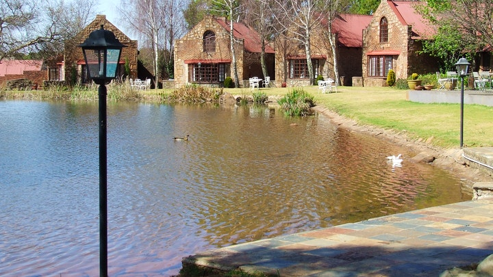 Dullstroom Accommodation at Lakeside 5 at Critchley Hackle Lodge   TravelGround