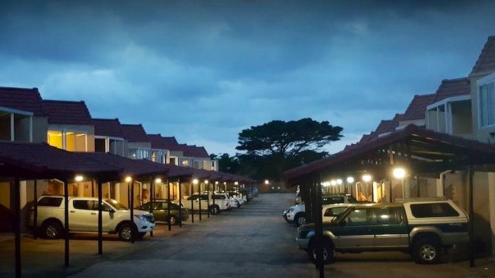Uvongo Akkommodasie by 19 Seascape Lodge Uvongo | LekkeSlaap