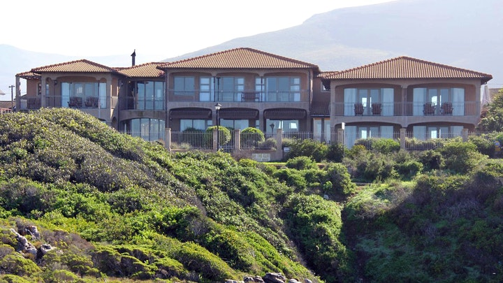 Hermanus Accommodation at On the Cliff Guest House | TravelGround