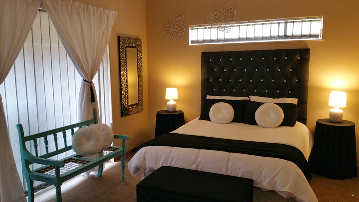 by Chenique's Guest House | LekkeSlaap