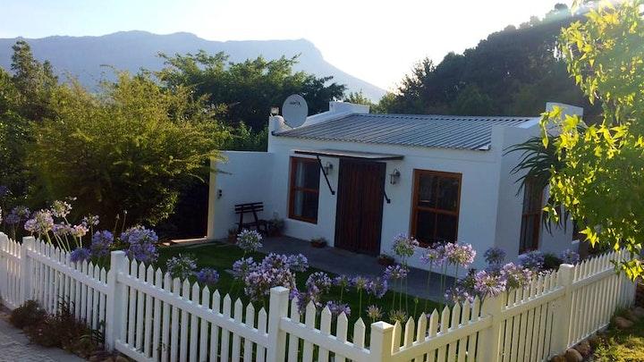 Stellenbosch Akkommodasie by Swaan Gastehuis | LekkeSlaap