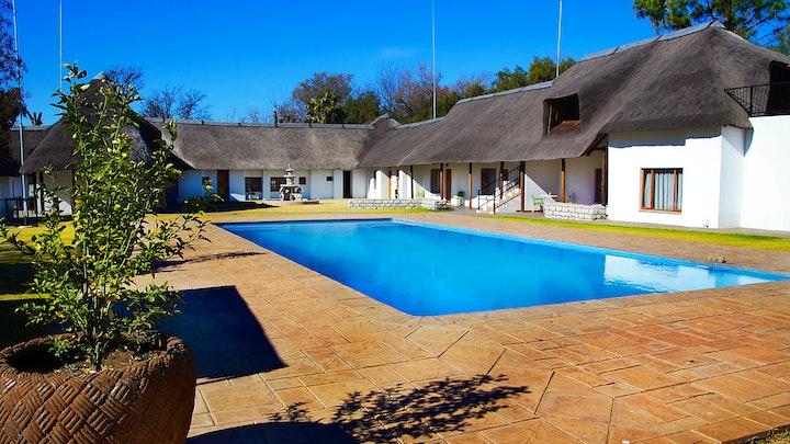 Vanderbijlpark Akkommodasie by Clivia Lodge and Conference Centre | LekkeSlaap