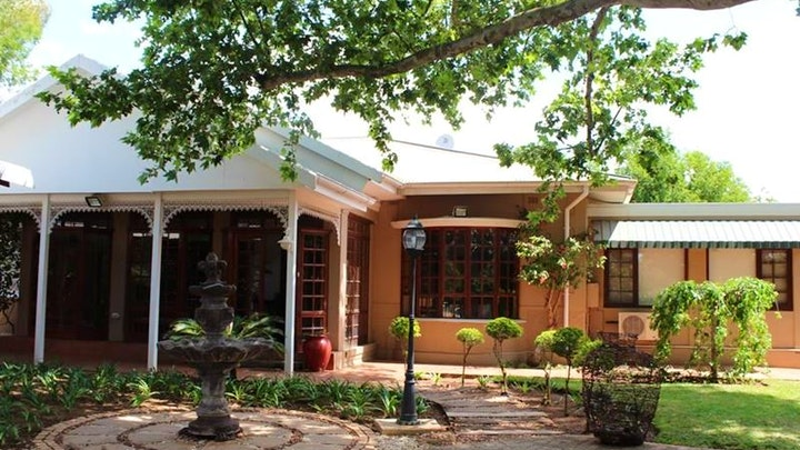 Rustenburg Town Accommodation at Loerie Inn   TravelGround