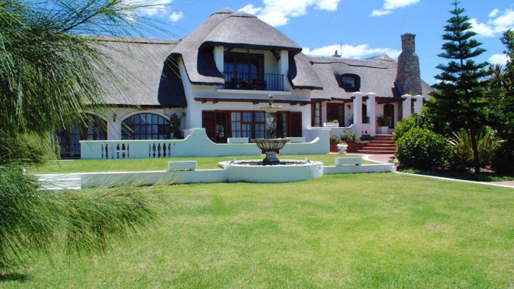 Hermanus Akkommodasie by Whale Rock Luxury Lodge | LekkeSlaap
