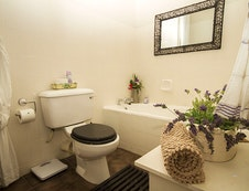 Lower Maisonette Bathroom