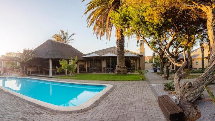 Bellville Akkommodasie by Excellent Guest House | LekkeSlaap