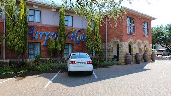 Kimberley Accommodation at Airport Hotel | TravelGround