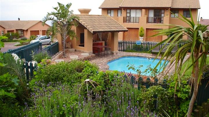 Mossel Bay Golf Estate Accommodation at Woonstel op Mosselbaai Golf Landgoed | TravelGround