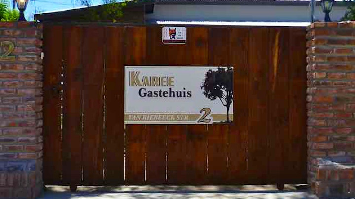 Hopetown Accommodation at Karee Guesthouse | TravelGround
