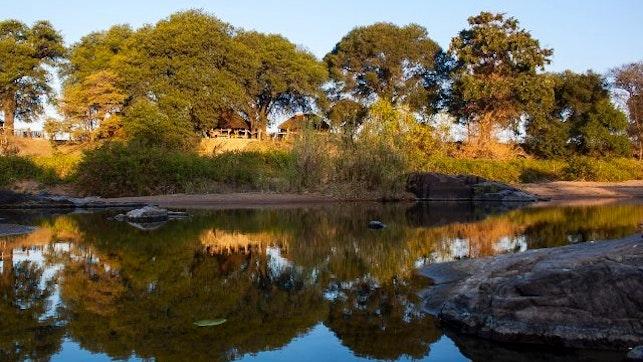 by Sekombo River Lodge   LekkeSlaap