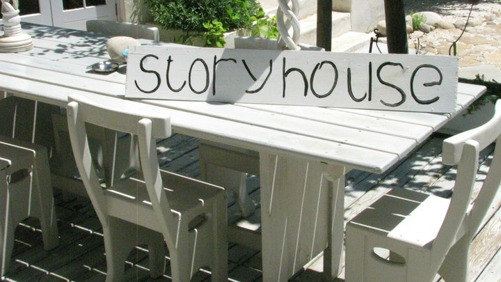 Kommetjie Akkommodasie by Storyhouse | LekkeSlaap
