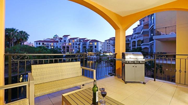 Century City Accommodation at Capri 101 | TravelGround