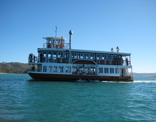 Paddle steamer on the lagoon