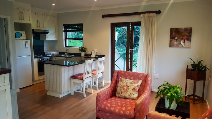 Chiltern Hill Accommodation at Hopson Road Guest Accommodation | TravelGround