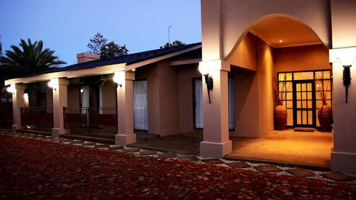 Universitas Akkommodasie by African Lodge | LekkeSlaap