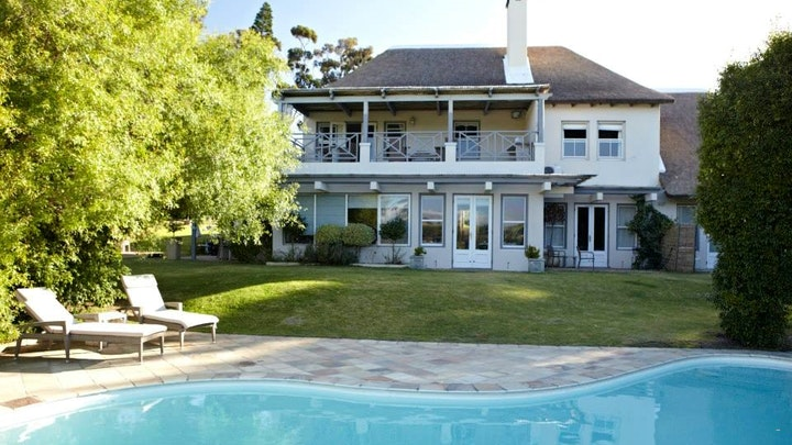 Raithby Accommodation at In the Vine Country Manor | TravelGround
