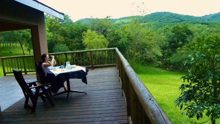by Kata Charis Lakeside Lodge | LekkeSlaap