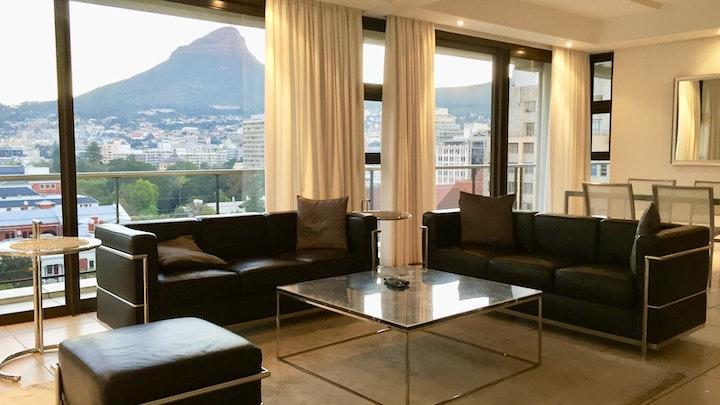 Kaapstad Middestad Akkommodasie by Stunning Cape Town City Apartment   LekkeSlaap