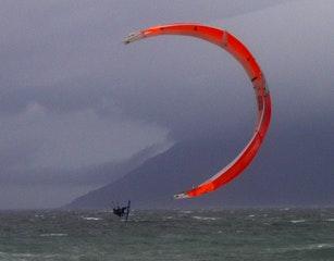 kite surfing at Long Beach