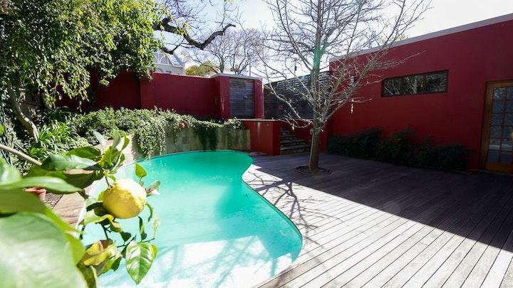 Upper Gardens Accommodation at House Baker | TravelGround