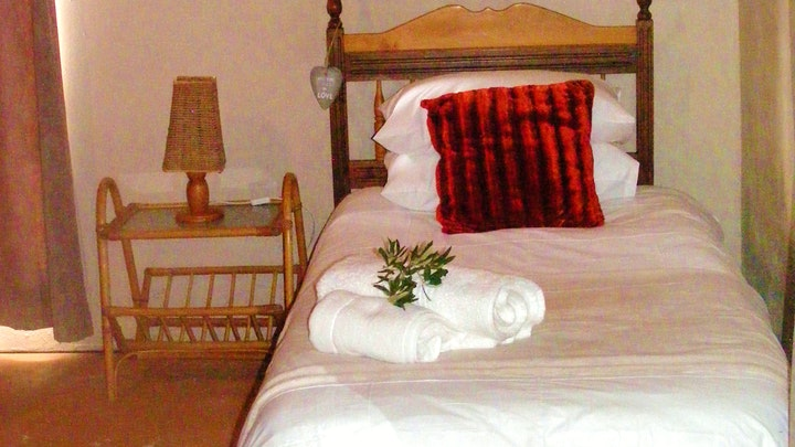 Beaufort West Accommodation at Olijvenhuis | TravelGround