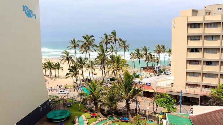 Margate Beach Akkommodasie by Beach Mansion 9 | LekkeSlaap