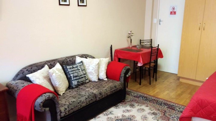 Penford Accommodation at Parkview Flats | TravelGround