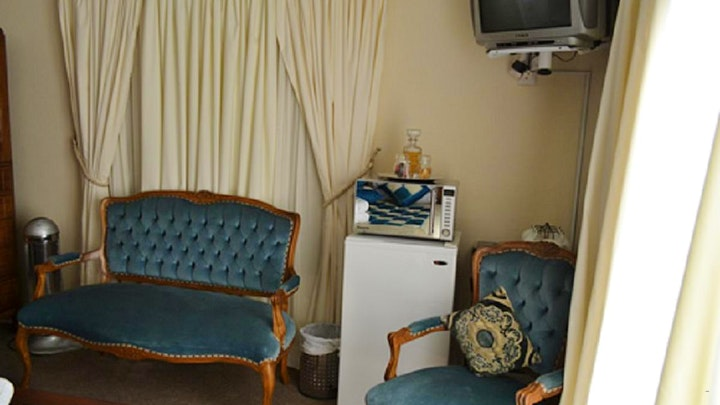 Fichardt Park Akkommodasie by Ebith Island Guest House | LekkeSlaap
