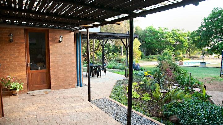 Donkerhoek Akkommodasie by Pearl Guest House | LekkeSlaap
