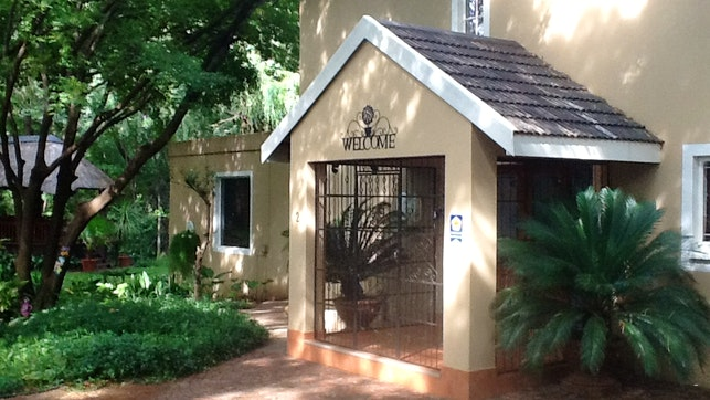 by On Golden Pond Guesthouse | LekkeSlaap